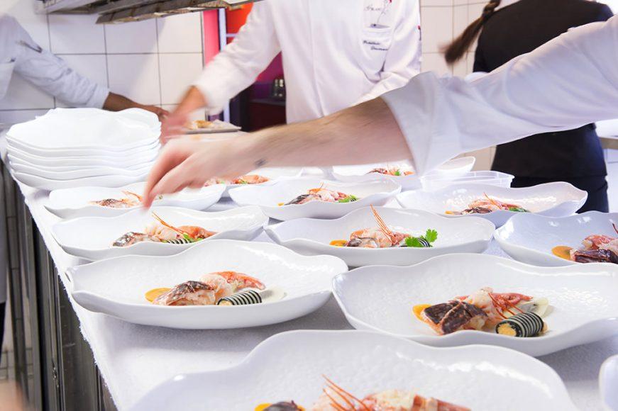 Chef Gerges Blanc - Dressage assiettes @ M-L LUCA