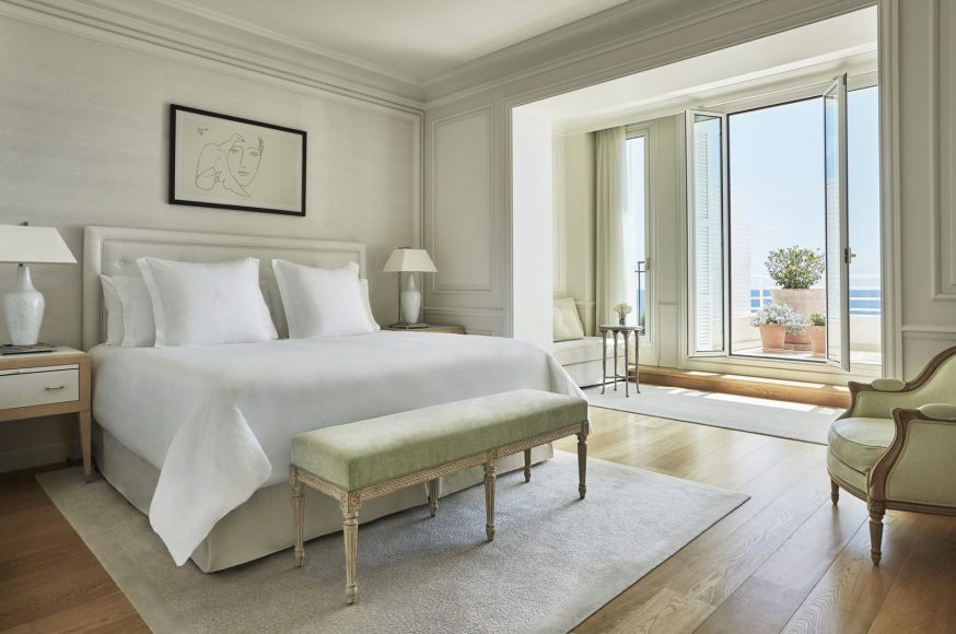 Four Seasons Le Grand-Hôtel du Cap-Ferrat Rooms palace sea view suite © Christian Horan