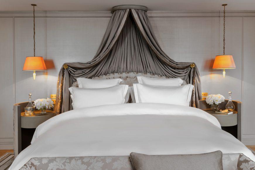 Hôtel de Crillon, A Rosewood Hotel - _Suite-Marie-Antoinette-228-bedroom3