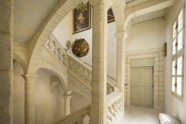escalier La Maison d'Uzès hôtel Week-ends de rêve
