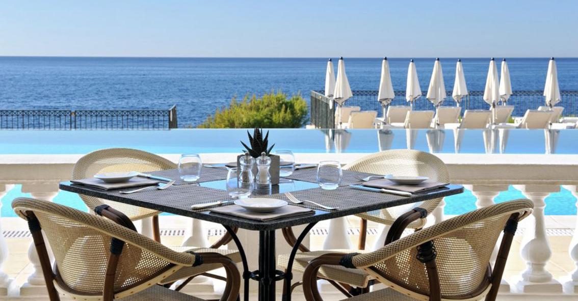 Vue mer et piscine Grand-Hôtel Cap-Ferrat Week-ends de rêve