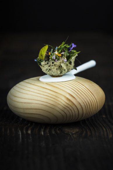Le Clos des Sens - Herbes & aromates du jardin, les jeunes pousses du jour - © Matthieu Cellard